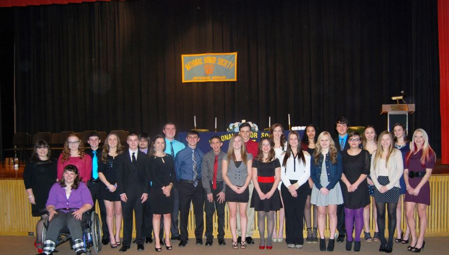 National Honor Society Inducts 12 New Members
