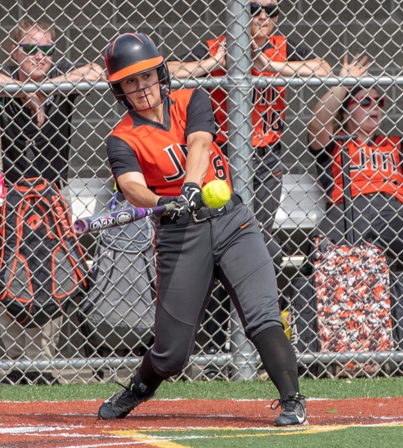 Rockets Softball Falls To Leechburg