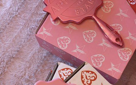 Jeffree Star Cosmetics Release's Valentine's Day Mystery Box
